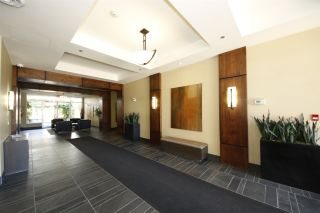 """Photo 11: 318 1211 VILLAGE GREEN Way in Squamish: Downtown SQ Condo for sale in """"ROCKCLIFF AT EAGLEWIND"""" : MLS®# R2372303"""