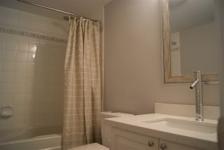 """Photo 5: 206 20288 54 Avenue in Langley: Langley City Condo for sale in """"Cavalier Court"""" : MLS®# R2192367"""