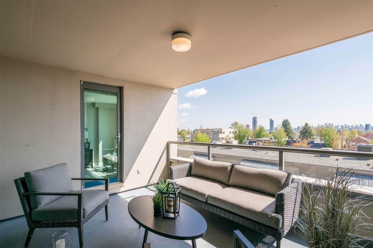 """Photo 16: Photos: 306 4160 ALBERT Street in Burnaby: Vancouver Heights Condo for sale in """"CARLETON TERRACE"""" (Burnaby North)  : MLS®# R2265283"""