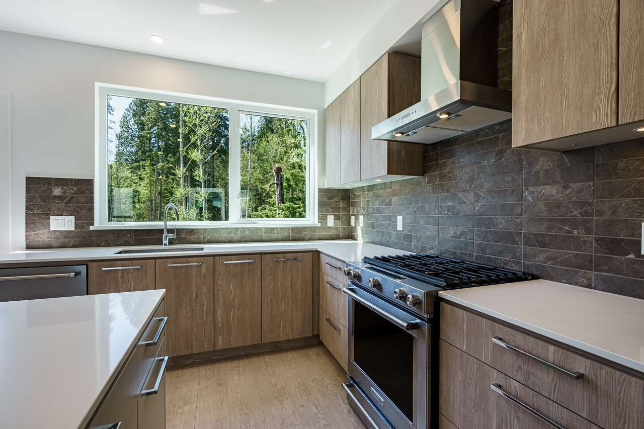 """Photo 6: Photos: 47 3597 MALSUM Drive in North Vancouver: Roche Point Townhouse for sale in """"SEYMOUR VILLAGE 3"""" : MLS®# R2569256"""