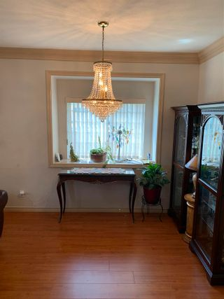 Photo 4: 7633 PLUM Avenue in Burnaby: South Slope 1/2 Duplex for sale (Burnaby South)  : MLS®# R2583277