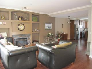 """Photo 3: 45 11720 COTTONWOOD Drive in Maple Ridge: Cottonwood MR Townhouse for sale in """"COTTONWOOD GREEN"""" : MLS®# R2005040"""