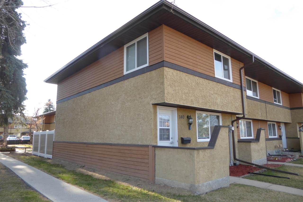 Main Photo: 140 Woodborough Way NW in Edmonton: Zone 35 Townhouse for sale : MLS®# E4240831