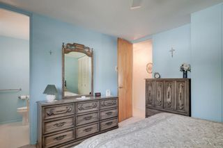 Photo 15: 5407 LADBROOKE Drive SW in Calgary: Lakeview Detached for sale : MLS®# A1009726