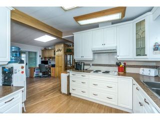 """Photo 2: 178 3665 244 Street in Langley: Otter District Manufactured Home for sale in """"LANGLEY GROVE ESTATES"""" : MLS®# R2272680"""