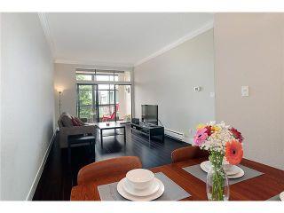 "Photo 1: 309 3411 SPRINGFIELD Drive in Richmond: Steveston North Condo for sale in ""BAYSIDE COURT"" : MLS®# V911631"