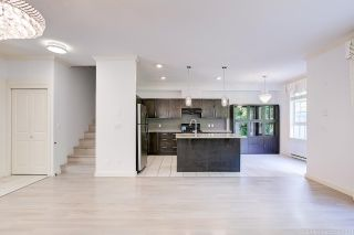 """Photo 5: 12 7171 STEVESTON Highway in Richmond: Broadmoor Townhouse for sale in """"Cassis"""" : MLS®# R2584700"""