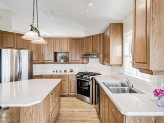 Photo 13: 2269 Sirocco Drive SW in Calgary: Signal Hill Detached for sale : MLS®# A1068949