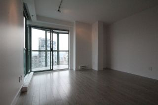 Photo 5: 2504 1188 HOWE Street in Vancouver: Downtown VW Condo for sale (Vancouver West)  : MLS®# R2060444