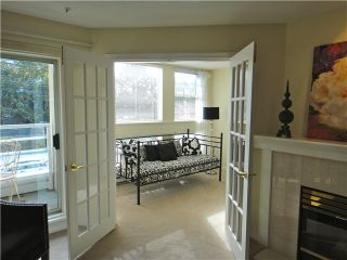"""Photo 2: 212 2105 W 42ND Avenue in Vancouver: Kerrisdale Condo for sale in """"BROWNSTONE"""" (Vancouver West)  : MLS®# V971377"""