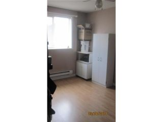 """Photo 8: 301 201 CAYER Street in Coquitlam: Maillardville Manufactured Home for sale in """"WILDWOOD PARK"""" : MLS®# V1055865"""