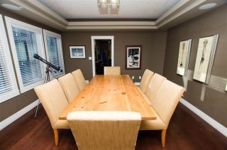 Photo 7: 825 TODD Court in Edmonton: Zone 14 House for sale : MLS®# E4231583
