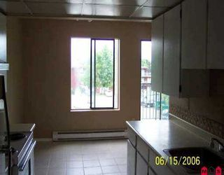 """Photo 4: 214 10468 148TH ST in Surrey: Guildford Condo for sale in """"GUILDFORD GREEN"""" (North Surrey)  : MLS®# F2613113"""