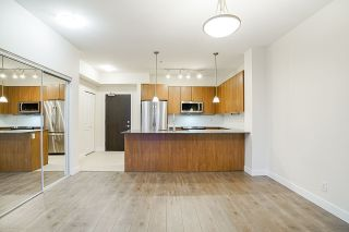 """Photo 7: 205 245 ROSS Drive in New Westminster: Fraserview NW Condo for sale in """"GROVE AT VICTORIA HILL"""" : MLS®# R2543639"""