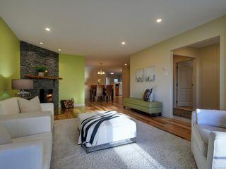 Photo 3: 1423 Yale St in : OB South Oak Bay Row/Townhouse for sale (Oak Bay)  : MLS®# 878485
