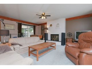 """Photo 8: 5096 208TH Street in Langley: Langley City House for sale in """"NEWLANDS/LANGLEY CITY"""" : MLS®# F1444664"""