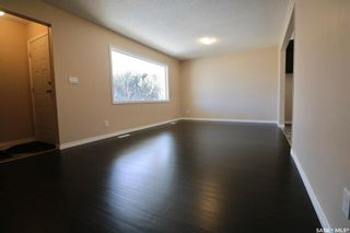 Photo 3: 946 Broder Street in Regina: Eastview RG Residential for sale : MLS®# SK830447