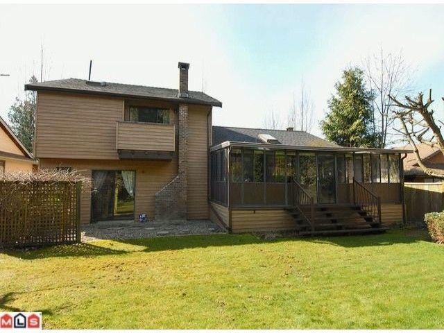 "Photo 10: Photos: 12565 20TH Avenue in Surrey: Crescent Bch Ocean Pk. House for sale in ""OCEAN CLIFF ESTATES"" (South Surrey White Rock)  : MLS®# F1107875"