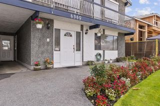 Photo 3: 6560 YEATS Crescent in Richmond: Woodwards House for sale : MLS®# R2625112