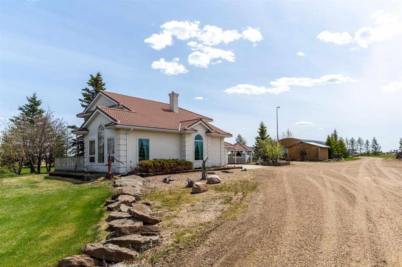 Main Photo: 25057 TWP RD 490: Rural Leduc County House for sale : MLS®# E4243454