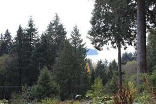 "Photo 6: Lot 2 MARINE Drive in Granthams Landing: Gibsons & Area Land for sale in ""SOAMES HILL"" (Sunshine Coast)  : MLS®# R2558257"