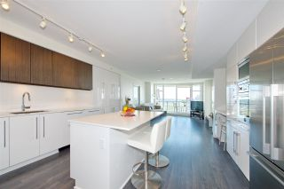 """Photo 3: 1303 188 AGNES Street in New Westminster: Downtown NW Condo for sale in """"ELLIOTT STREET"""" : MLS®# R2361561"""