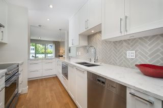 "Photo 6: 301 2255 YORK Avenue in Vancouver: Kitsilano Condo for sale in ""BEACH HOUSE"" (Vancouver West)  : MLS®# R2458588"