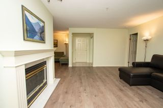 "Photo 3: 205 3680 BANFF Court in North Vancouver: Northlands Condo for sale in ""Parkgate Manor"" : MLS®# R2404081"