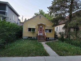 Photo 2: 10740 78 Avenue in Edmonton: Zone 15 House for sale : MLS®# E4259557