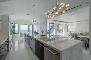 Photo 7: LA JOLLA House for sale : 4 bedrooms : 5850 Camino De La Costa