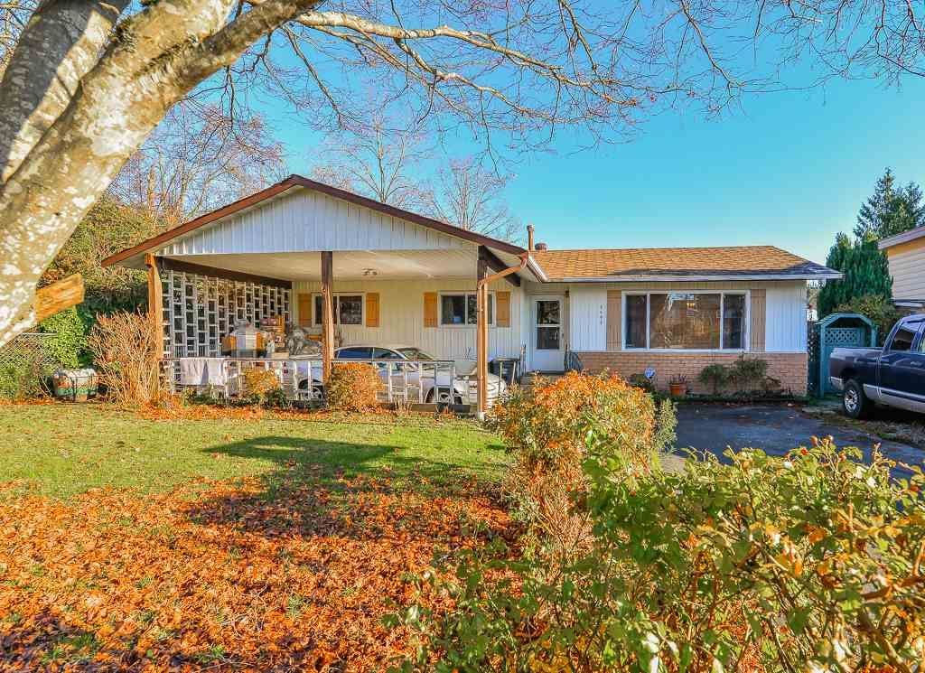 Main Photo: 9498 127A Street in Surrey: Queen Mary Park Surrey House for sale : MLS®# R2233780