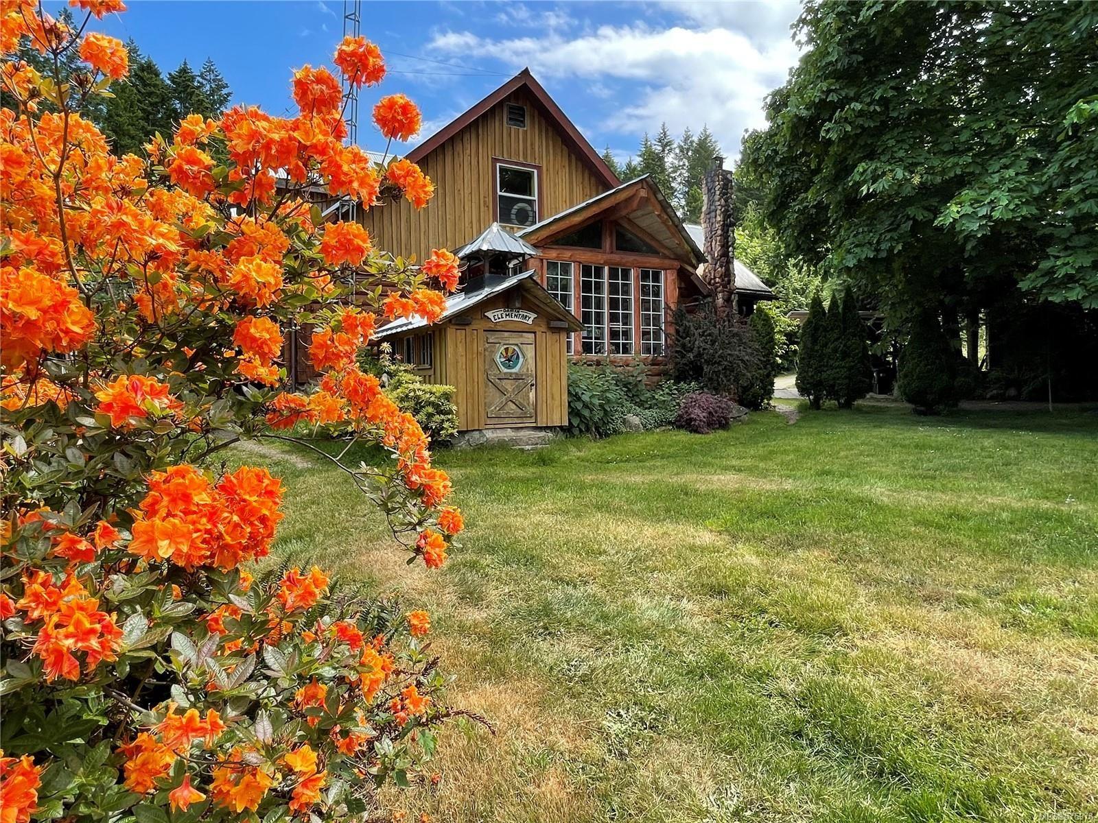 Main Photo: 1760 Seymour Rd in : Isl Gabriola Island House for sale (Islands)  : MLS®# 876978