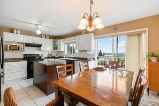 Photo 8: 1138 CHARLAND Avenue in Coquitlam: Central Coquitlam House for sale : MLS®# R2604391
