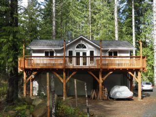 Photo 1: 4117 MacAulay Rd in BLACK CREEK: CV Merville Black Creek House for sale (Comox Valley)  : MLS®# 724323