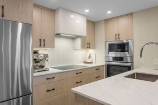 Photo 7: Exclusive! 1701-889 Homer Street in Vancouver: Downtown VW Condo for sale (Vancouver West)