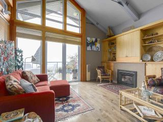 Photo 3: 2632 O'HARA Lane in Surrey: Crescent Bch Ocean Pk. House for sale (South Surrey White Rock)  : MLS®# R2361247