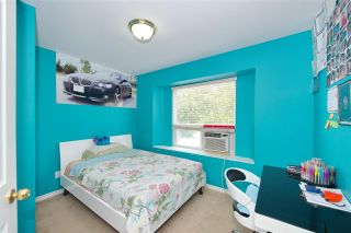 Photo 12: 7480 MAIN Street in Vancouver: South Vancouver House for sale (Vancouver East)  : MLS®# R2393431
