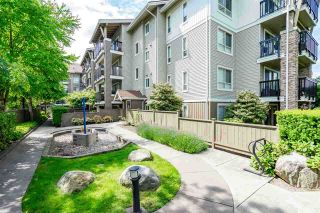"Photo 31: 129 8915 202 Street in Langley: Walnut Grove Condo for sale in ""THE HAWTHORNE"" : MLS®# R2529871"