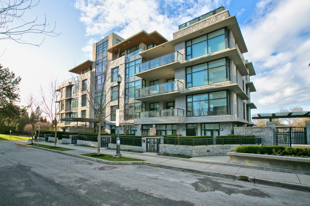 """Photo 2: Photos: 201 6093 IONA Drive in Vancouver: University VW Condo for sale in """"THE COAST"""" (Vancouver West)  : MLS®# V1047371"""