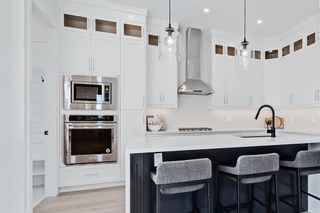 Photo 5: 2852 40 Street SW in Calgary: Glenbrook Semi Detached for sale : MLS®# A1075918