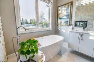 Photo 32: 2012 55 Avenue SW in Calgary: North Glenmore Park Detached for sale : MLS®# A1111162