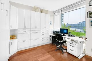 """Photo 15: TH 106 918 COOPERAGE Way in Vancouver: Yaletown Townhouse for sale in """"MARINER"""" (Vancouver West)  : MLS®# R2366351"""