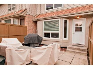 Photo 17: 94 123 QUEENSLAND Drive SE in Calgary: Queensland House for sale : MLS®# C4027673