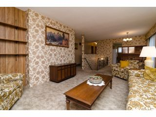 Photo 5: 966 RANCH PARK WY in Coquitlam: Ranch Park House for sale : MLS®# V1058710
