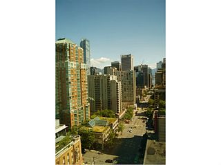 "Photo 12: 1208 989 NELSON Street in Vancouver: Downtown VW Condo for sale in ""Electra"" (Vancouver West)  : MLS®# V1072003"
