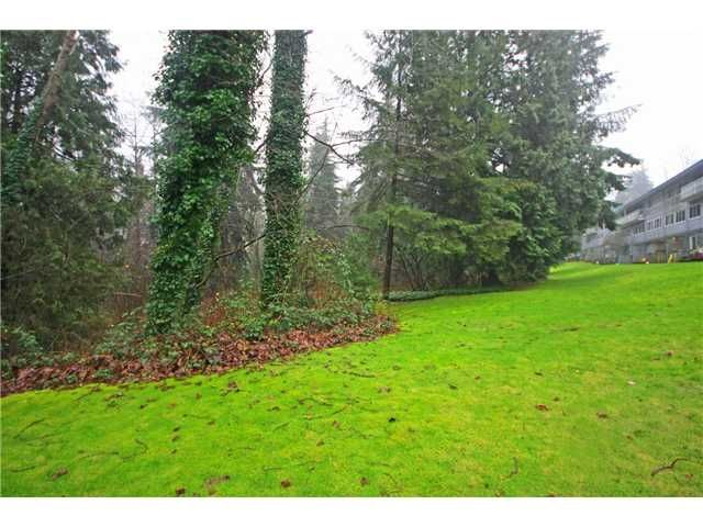 """Main Photo: 2010 HIGHVIEW Place in Port Moody: College Park PM Townhouse for sale in """"HIGHVIEW PLACE"""" : MLS®# V1100224"""