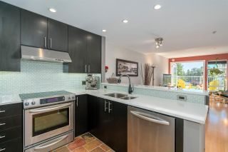 """Photo 8: 1930 E KENT AVENUE SOUTH in Vancouver: South Marine Townhouse for sale in """"Harbour House"""" (Vancouver East)  : MLS®# R2380721"""