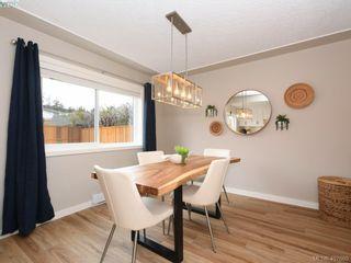 Photo 7: 2944 Robalee Pl in VICTORIA: La Goldstream Half Duplex for sale (Langford)  : MLS®# 810225
