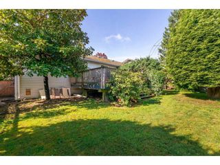 """Photo 18: 15623 18 Avenue in Surrey: King George Corridor House for sale in """"Sunnyside"""" (South Surrey White Rock)  : MLS®# R2369500"""