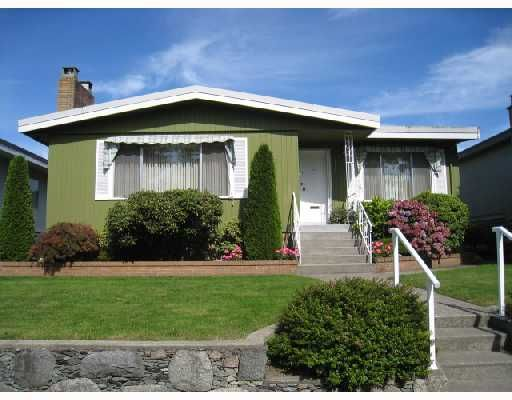 Main Photo: 2875 ROSEMONT Drive in Vancouver: Fraserview VE House for sale (Vancouver East)  : MLS®# V732917